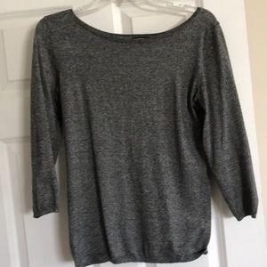 Scoop neck knit top